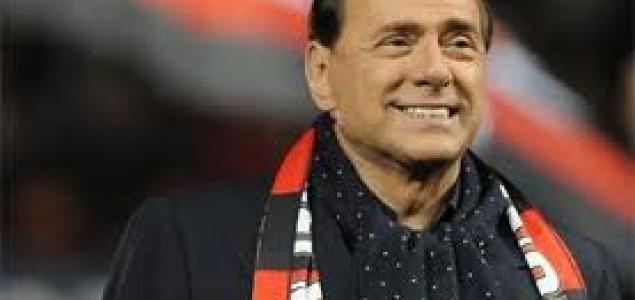 Berlusconi i mafija krivi za gomilanje smeća u Napulju