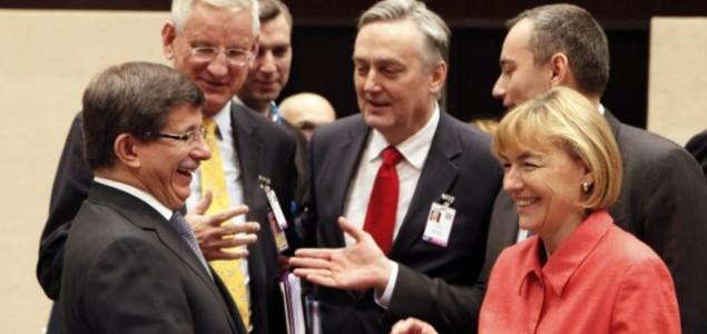 Optimistična očekivanja BiH od EU i NATO