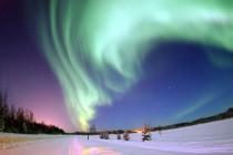 Polarna svetlost: Dodir Sunca