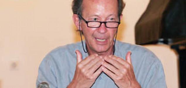 Giorgio Agamben: Funkcija policije je uvođenje nereda