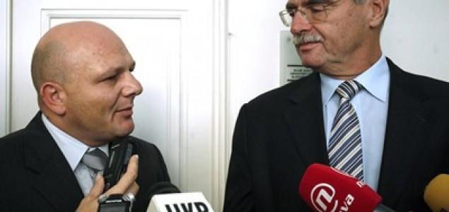 Svađa Hebranga i Drmića pred novinarima