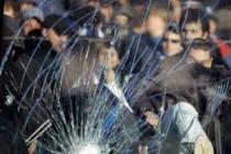 Stadionska groznica: Zašto mladi ljudi prekidaju utakmice