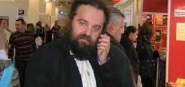 Kako Lovrenović,  Jergović i društvo dolijavaju ulje na vatru