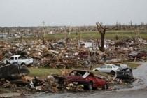 """Američki grad Joplin """"zbrisao"""" tornado,89 osoba poginulo"""