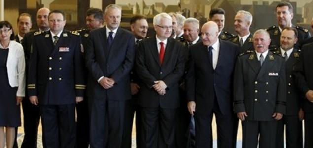 Josipović: Ponosim se olujom ,ona je odrađena fantastično i vojno savršeno
