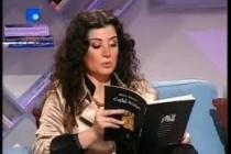 Joumana Hadda poredi hurku sa golim grudima,