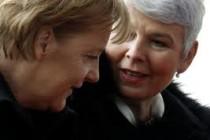 Merkel donosi poruku u Zagreb : Nećemo dopustiti veličanje osuđenih za ratni zločin