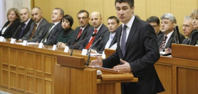 Zoran Milanović: Zločince 20 godina štite Crkva i HDZ!