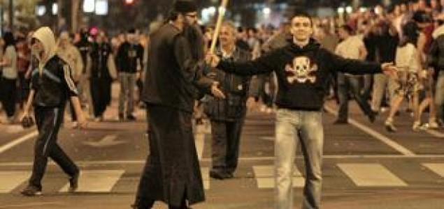 Podrška Mladiću je podrška ratnim zločinima