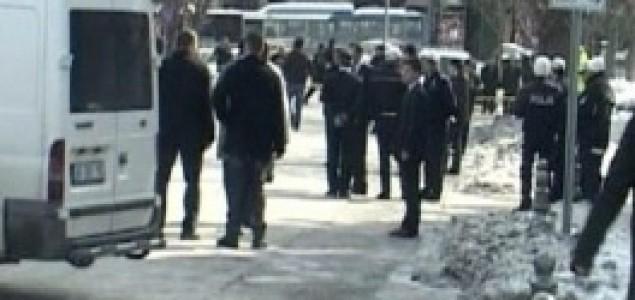 Napad na premijera: Eksplodirala bomba pred Erdoganovim uredom u Ankari