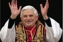 Papa zatvorio plesni manastir