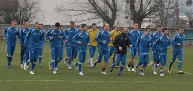 Reprezentacija Rumunije: Problemi na treningu, uvježbavali dvije formacije