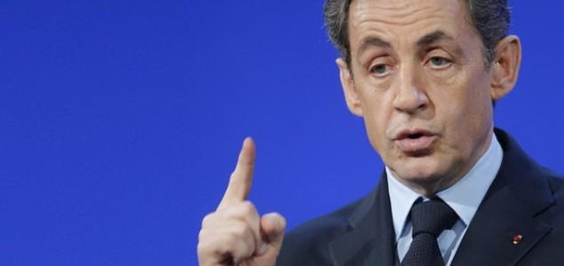 Le Drian. ima smisla razgovarati s našim europskim prijateljima, rekao je, dodajući da će.