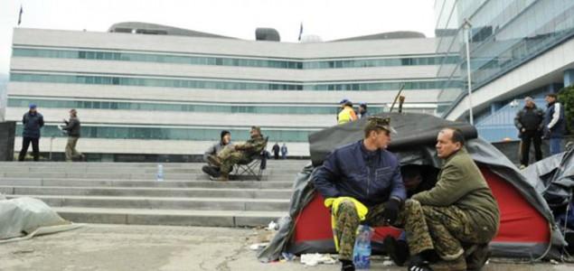 Mjesec dana protesta: Bivši vojnici OSBiH ne odustaju