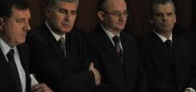 Politika i ekonomija upravljaju medijima u BiH