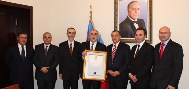 AZERBEJDŽANSKI MINISTAR VANJSKIH POSLOVA PRIMIO VISOKO PRIZNANJE IFIMES-a