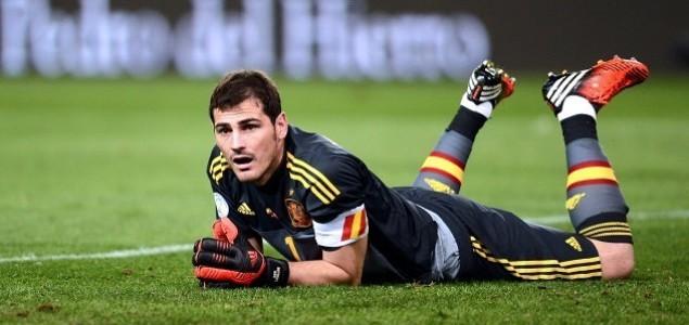 Navijači Barcelone žele Casillasa kao zamjenu za Valdesa