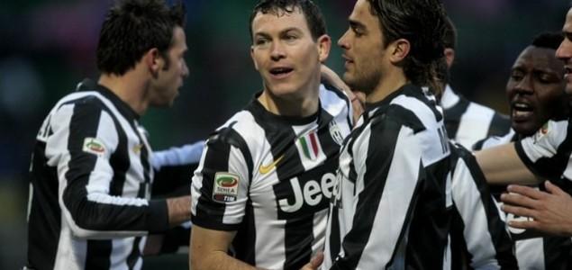 Juventus slavio u Palermu i učvrstio se na vrhu tabele