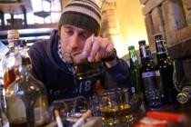 Alkohol i droge pogubni za mušku sposobnost u krevetu!