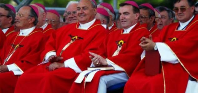 Nevladine udruge  poručuju biskupima: Isusa je razapelo svećenstvo,  a ne svjetina