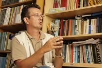 Asim Mujkić za tacno.net: SDA gubi demokratski kapital koji je uspjela izgraditi