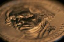 Zaduženja – Kovanica od bilion dolara treba da spasi USA