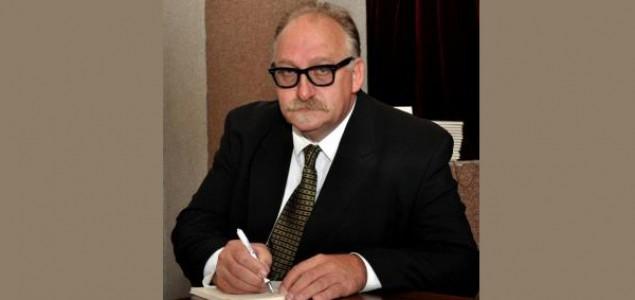 Zijad Burgić: INTELEKTUALCI I MUNAFICI