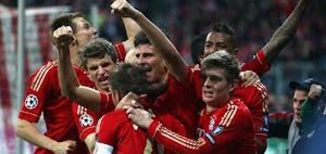 Bayern natrpao mrežu Werdera, Stuttgart bez pobjede