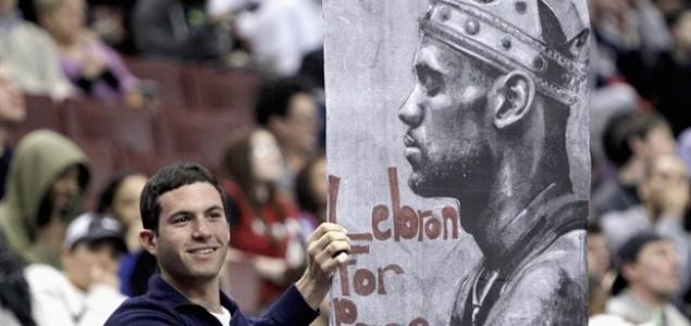 NBA cirkus u režiji navijača: LeBron za Papu!