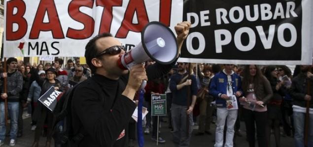 Stotine tisuća Portugalaca prosvjedovalo protiv mjera štednje
