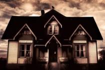Lokalne vlasti sele obitelj iz uklete kuće