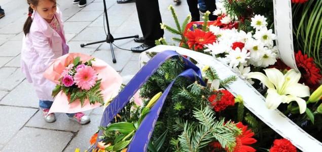 Godišnjica tragičnog  masakra u Ferhadiji: U redu za hljeb je ubijeno 26, a ranjeno 108 osoba