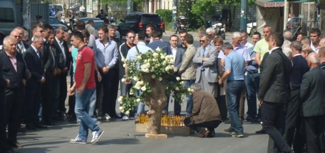 Dostojanstveno sjećanje na žrtve Dobrovoljačke