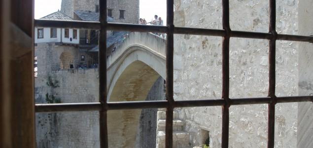 'Duša grada': Mostarov voljeni most nadahnjuje priču o romantici i ratu