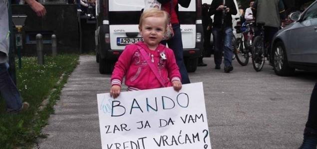 Borba se nastavlja: Dogovora nema, hrabri građani Sarajeva noć će provesti na ulicama