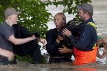 U poplavama u Kanadi poginule tri osobe, evakuisano više od 100.000 ljudi