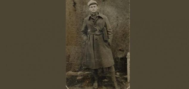 Borac otpora Witold Pilecki: Dobrovoljno u Aušvicu