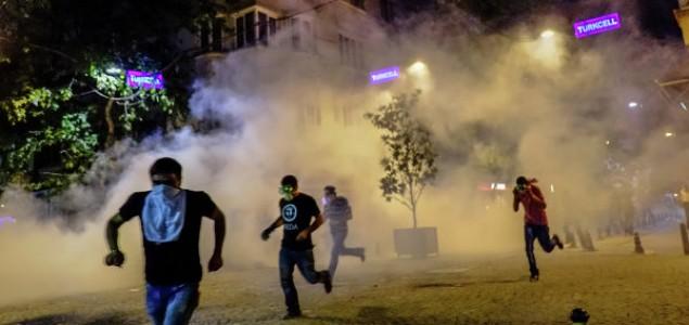 Turska: Potjerani prosvjednici iz parka