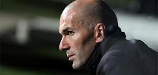 Perez priznao: Zidane bi mogao preuzeti Real