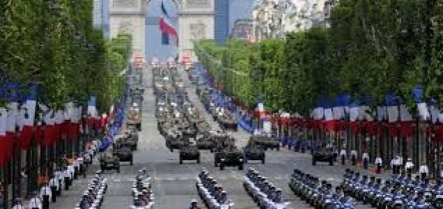 Francuzi obilježavaju Dan pada Bastilje u sjeni željezničke nesreće