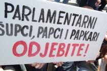 Parlamentarni šupci, papci i papkari, odjebite!