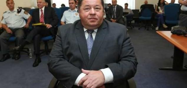 Bivši HDZ-ov ministar danas guli krompire