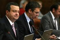 Dvoboj Vučića i Dačića