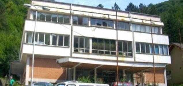 Jedini ljekar Bošnjak u Domu zdravlja Srebrenica dobio otkaz