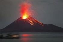 Indonezija: Od erupcije vulkana poginulo pet osoba na plaži