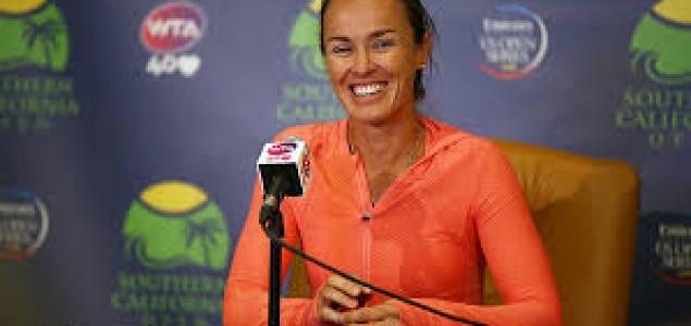 Martina Hingis se pobjedom vratila profesionalnom tenisu