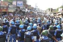 Indija: Sukobi između hindusa i muslimana pod kontrolom policije