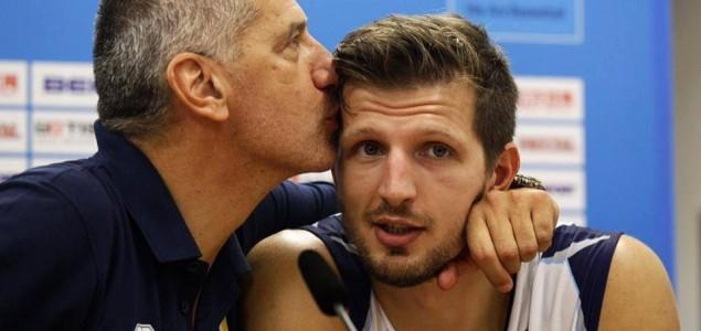 Čovjek u kojeg je zaljubljena nacija: Nikada nismo voljeli jednoga trenera kao Aleksandra Petrovića