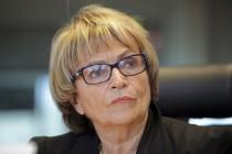 Doris Pack: Političare u BiH treba kazniti