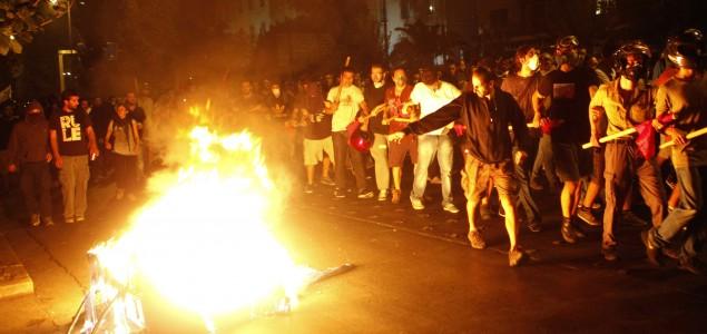 Hiljade Grka na protestima u Atini tražili ukidanje ekstremističke Zlatne zore